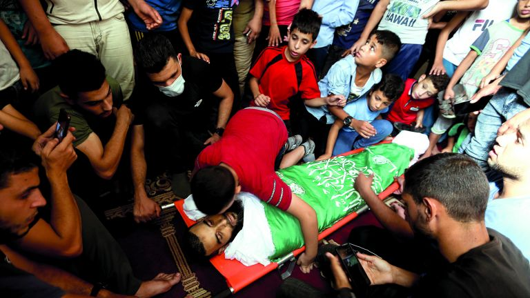 Photo of 3 شهداء برصاص الاحتلال في الضفة وغزة