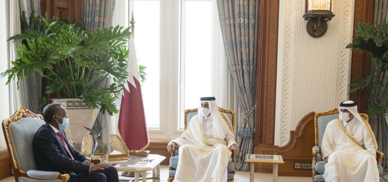 Photo of صاحب السمو يستقبل رئيس الوزراء الصومالي