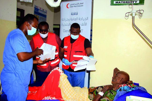 Photo of الهلال الأحمر القطري يطلق قافلة طبية جراحية بالصومال