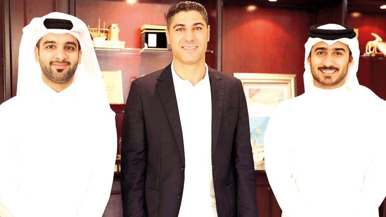 Photo of يوسف سفري يتسلم ملف تدريب القطراوي
