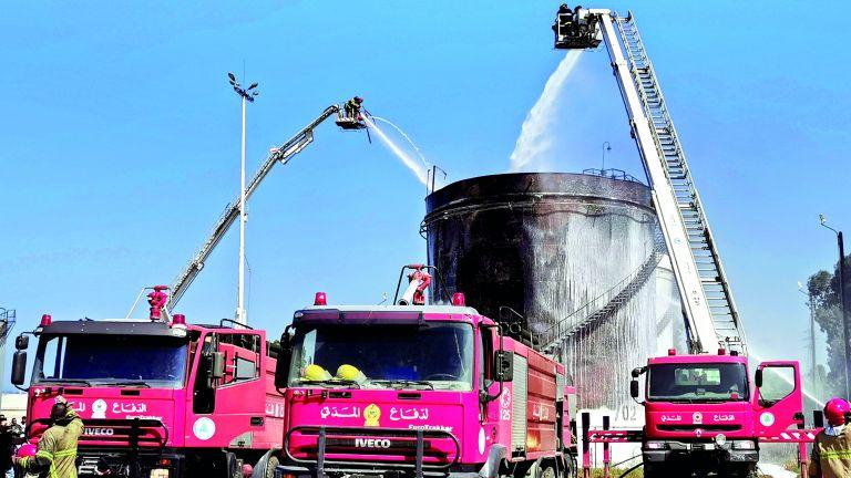 Photo of لبنان: إخماد حريق في خزان وقود