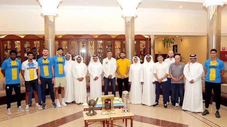 Photo of نادي الغرافة يكرّم أبطال السلة