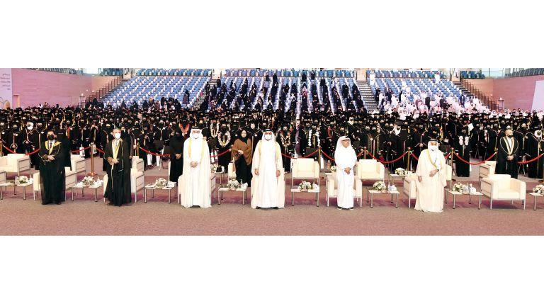 Photo of تكريم 654 خريجة من كليتَي التربية والهندسة