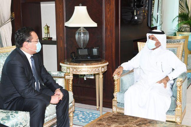 Photo of الأمين العام لوزارة الخارجية يجتمع مع سفير منغوليا