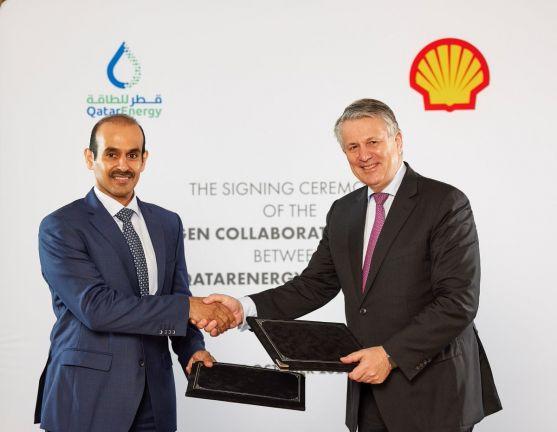 Photo of قطر للطاقة وشركة شل تتعاونان في إنشاء استثمارات لحلول مشاريع الهيدروجين