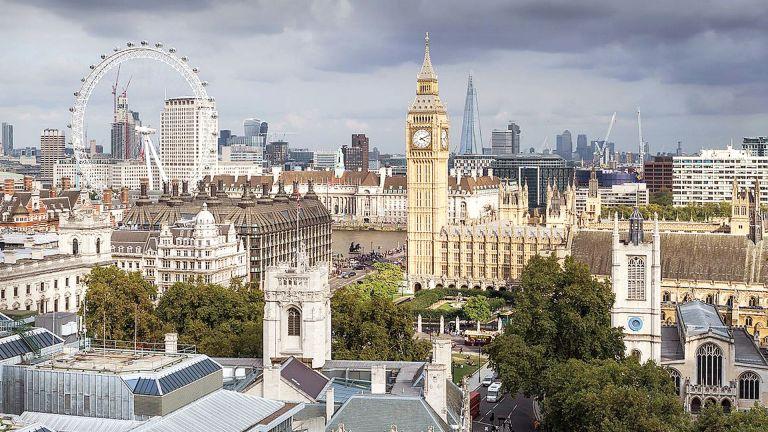 Photo of بريطانيا تعلن اتفاقًا تجاريًا مع نيوزيلندا