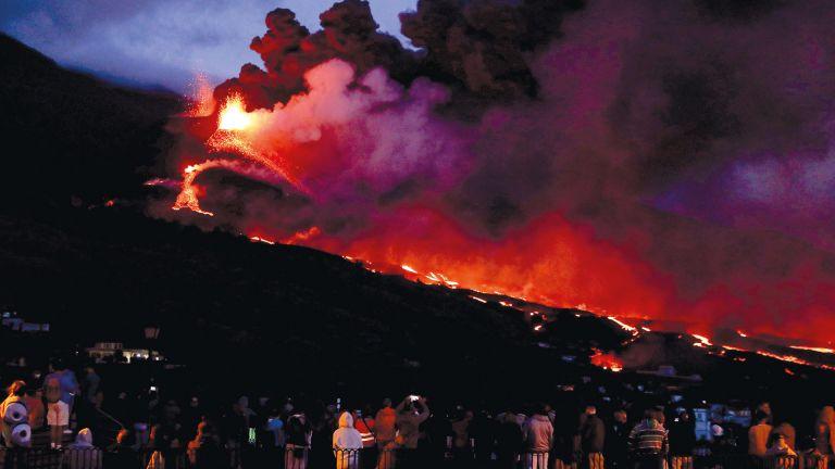 Photo of ثوران بركان «اتنا» في صقلية مجددًا