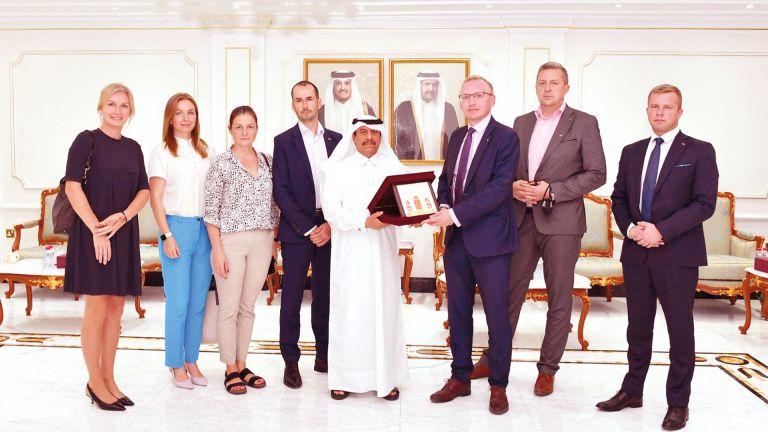 Photo of الغرفة ترحب بشركات لاتفيا في قطر