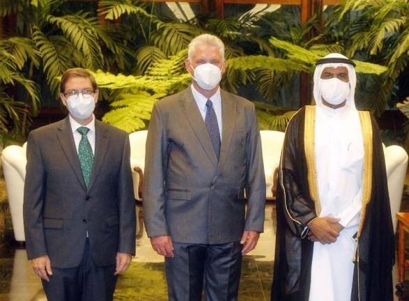 Photo of رئيس جمهورية كوبا يتسلم أوراق اعتماد سفير دولة قطر