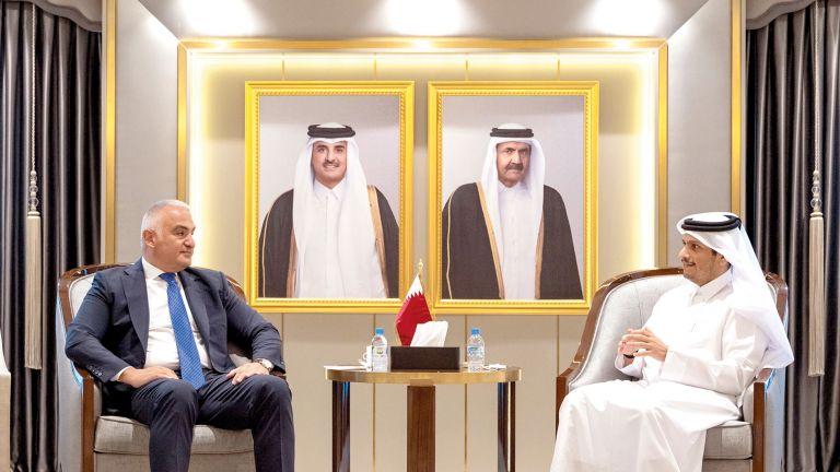 Photo of نائب رئيس الوزراء يعزز العلاقات مع تركيا