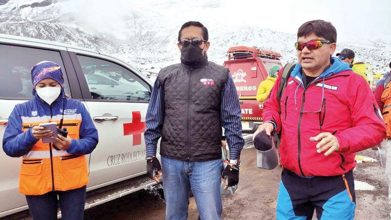 Photo of 3 ضحايا بانهيار ثلجي في الإكوادور