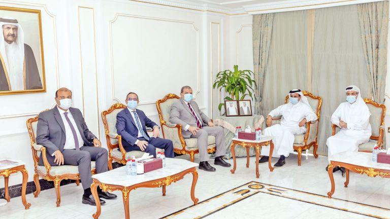 Photo of رئيس الغرفة يبحث التعاون مع وزيري العمل الفلسطيني والمصري